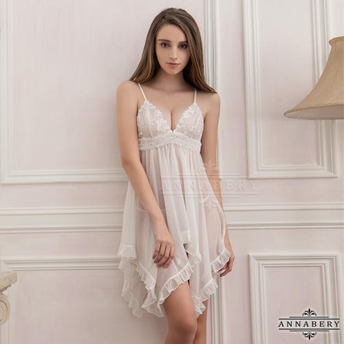 大尺碼Annabery純白透視不規則裙襬二件式睡衣#白